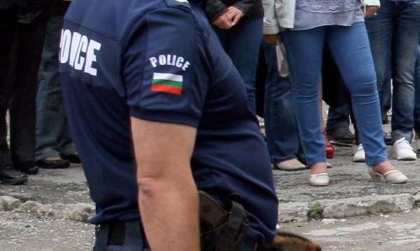 Полицаите без униформи – с обезщетение. Следват сметки