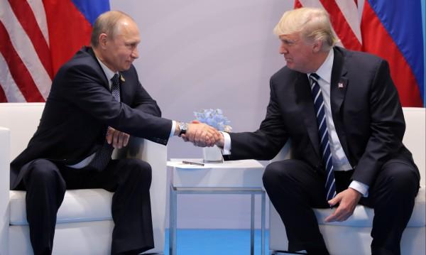 Тръмп кани в Путин в Белия дом, но когато му дойде времето