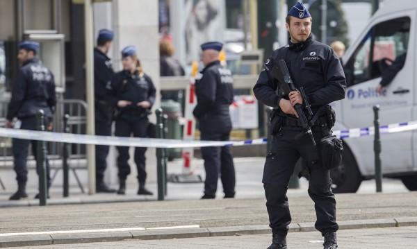 Терористите от Брюксел и Париж крили оръжия в училище