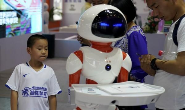 Роботите ще ни вземат работата? Адаптирайте се тогава!