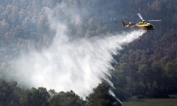 Голям пожар унищожи 190 хектара гора във Франция