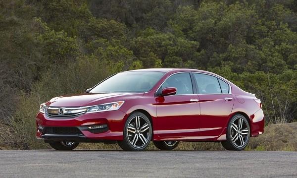 Honda изтегля повече от 1 млн. автомобила