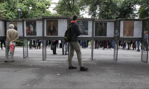 София: 28 фотокопия на най-добрите картини за Левски
