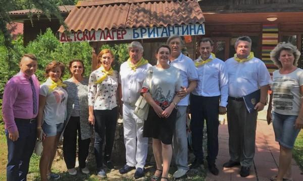 Все повече младежи от Русия в лагерите по морето ни
