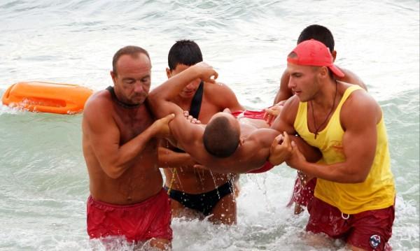 БЧК с идея: Спасителите на плажа до 20:00 часа!