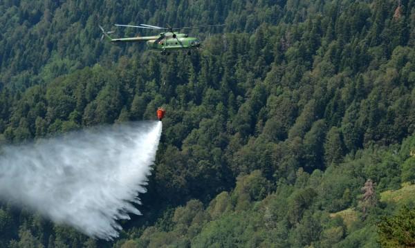 Хеликоптер Ми-17 отива да гаси пожарите в Черна гора