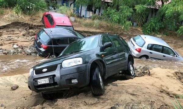 След потопа: Гърция дава документ за щети по наши коли