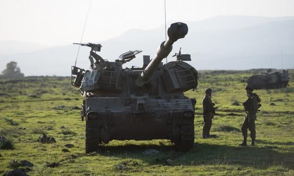 На военно учение в Румъния: Водите на Дунав отнесоха БТР
