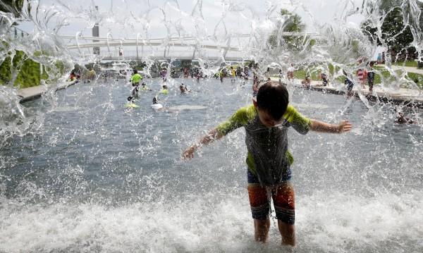Уикендът идва с жеги, утре до 37 градуса