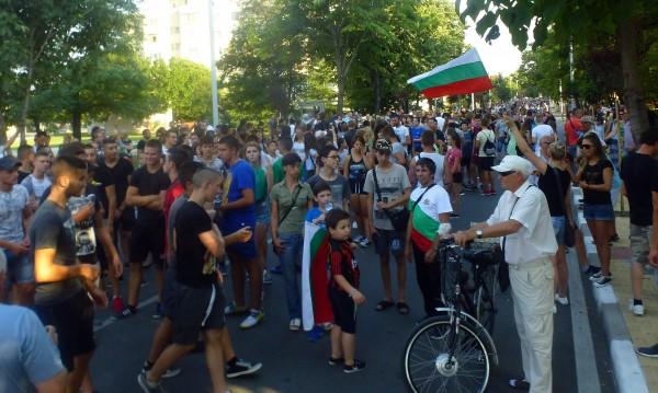 И Нова Загора се вдигна срещу биячи роми, иска БХК да си ходи