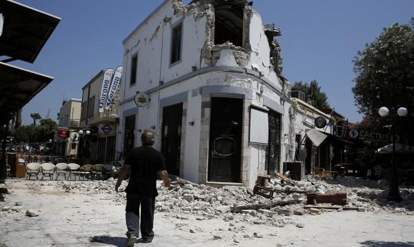 Страх на остров Кос, продължават вторичните трусове