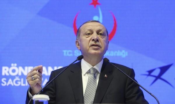 Шойбле: Ердоган излага на опасност отношенията с Германия!
