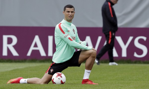 Роналдо успокои: Оставам в Реал Мадрид!