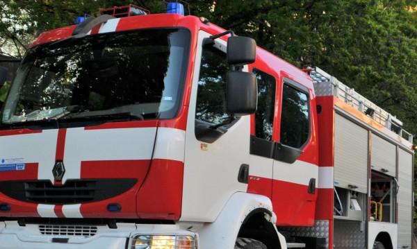 Мъж с опасност за живота след пожар в зърнокомбайн