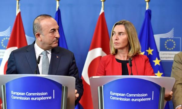 Обвинения, разделение... ЕС и Турция изостриха тона още повече