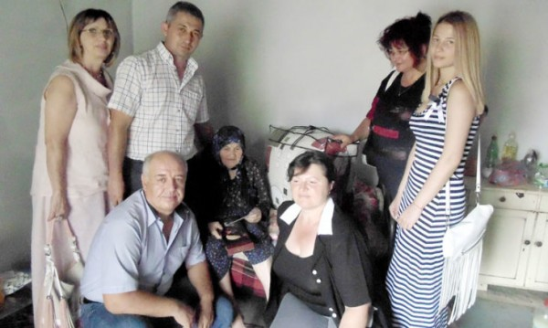 Винево, след 103 години: Баба Хафизе празнува