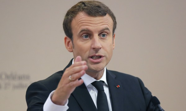 Франция иска мигрантите да се пресяват в Либия