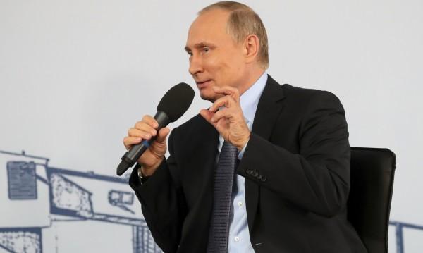 Путин на избори: Независим, с грижа за бедните