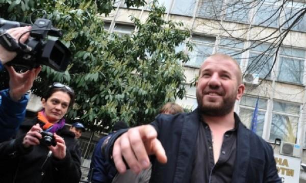 """""""Ловецът на бежанци"""" Динко пак се прояви, отново в ареста"""
