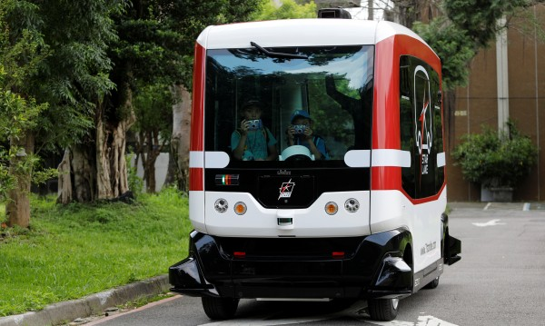 Като от бъдещето: Автобуси без шофьори из Талин