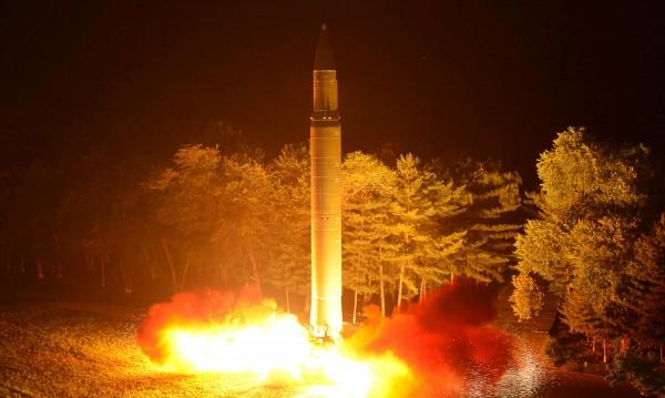 САЩ с отговор на Пхенян: Прехванаха балистична ракета