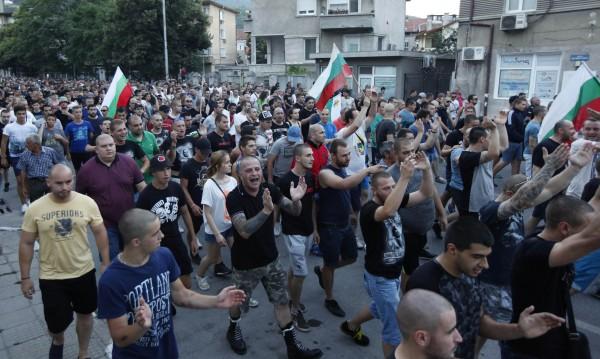 Пак протест в Асеновград, пак заради побоя и ромите