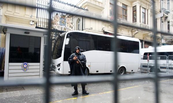 Арестуваните в Турция българки: Добре сме, държим се!