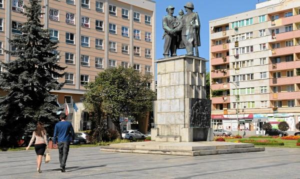 Москва с мерки срещу декомунизацията на Полша