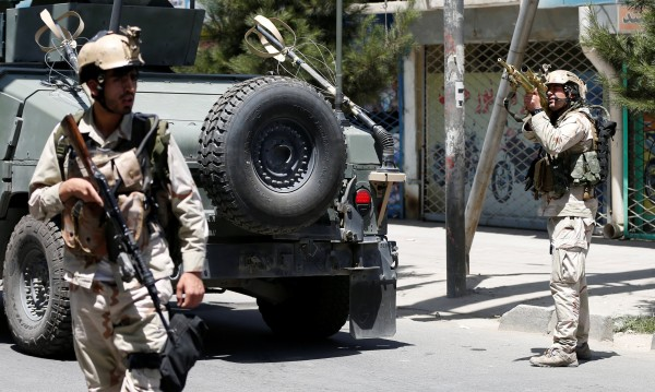 Камикадзе взриви кола бомба в центъра на Кабул
