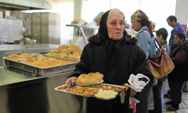 Румъния няма да вдига възрастта за пенсиониране