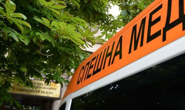 Шофьор почина на кръстовище в София, стана катастрофа