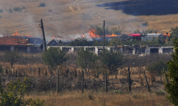 Локализираха огнената стихия в село Изворище