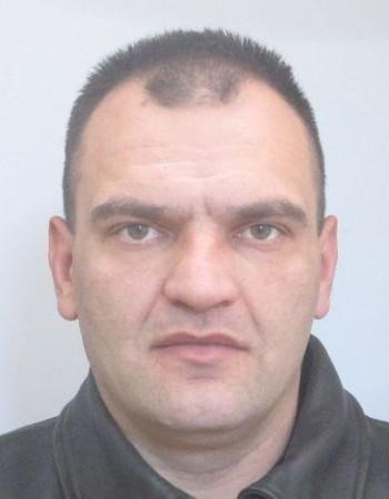 Полицията издирва перничанин, избягал от Карлуково