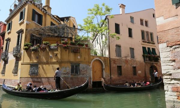 Солени глоби във Венеция – без къпане в каналите