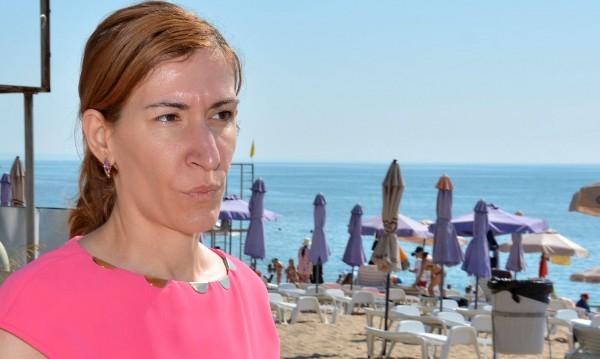 Ангелкова отчита: 8% ръст на туристите от чужбина