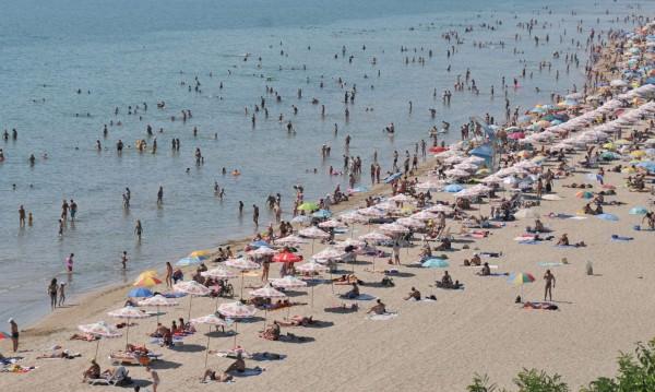 Туристи се жалват от дрогирани спасители на морето
