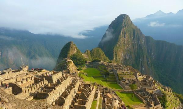 Знаете ли, че...  В Перу хапват морски свинчета?