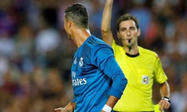 Роналдо отнесе цели пет мача наказание!