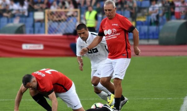 Стоичков обяви състава за мача срещу Барса
