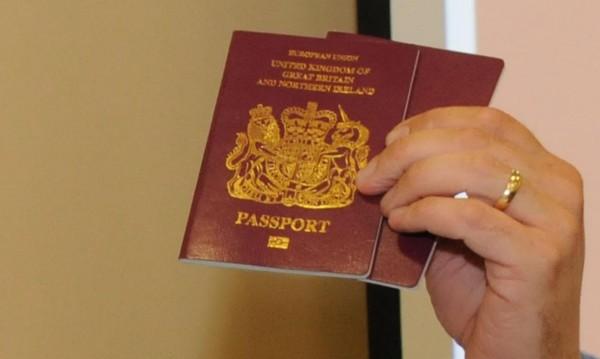 2017-та: 51 хил. българи в чужбина поискаха нови паспорти