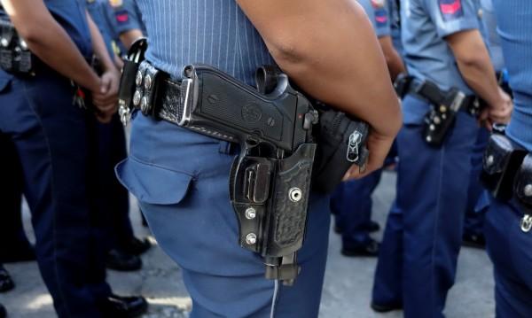 Полицията във Филипините убила 32-ама, за да всее ужас сред наркотрафикантите