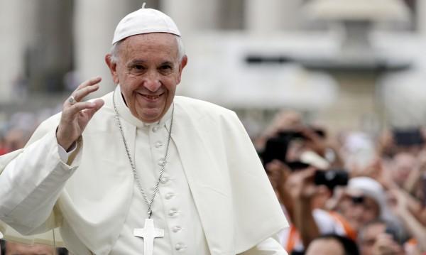 Папата поиска прошка за самоубилите се от сексуални посегателства
