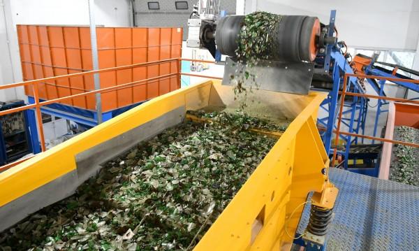 БСП атакува: А заводът за боклука да не би да работи!