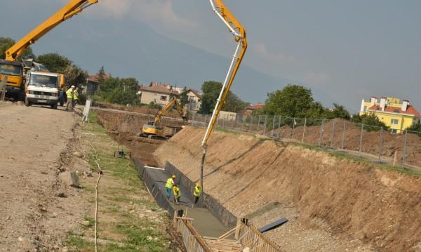 """""""Софийска вода"""" продължава с канализацията в Горубляне"""