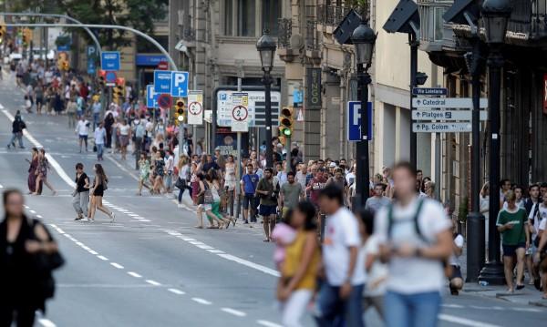 Нападател в Барселона - убит при престрелка?