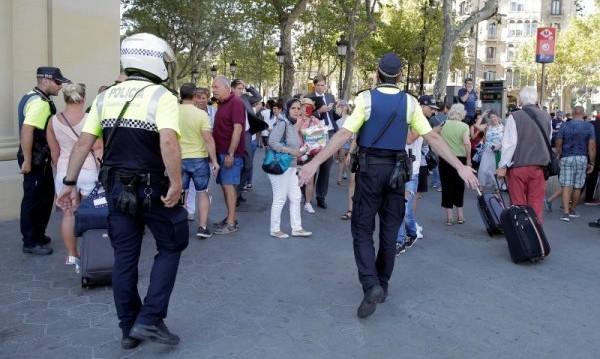 Дрис Укабир сам се явил в полицията след атентата