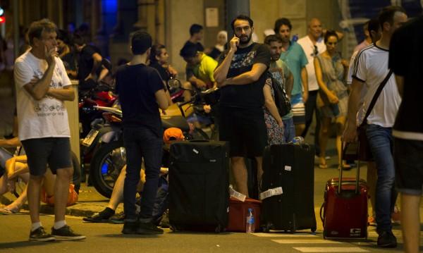 """Солидарност след ада: Мохамед превозва ранени на """"Рамбла"""""""