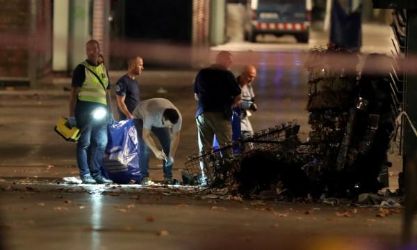 Испанската полиция издирва шофьора на кървавия ван
