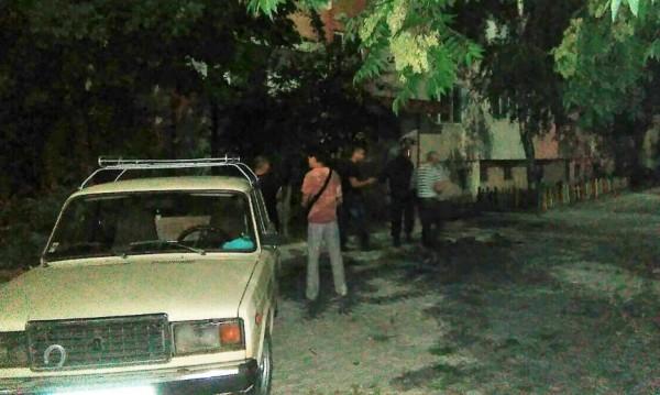 Убийство в Бургас: Момиче с прерязано гърло в асансьор