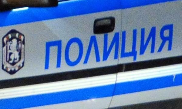 Стреляха с Калашников по гараж в Сандански